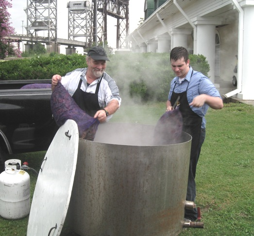 Adding Crawfish to the Boiling Pot!
